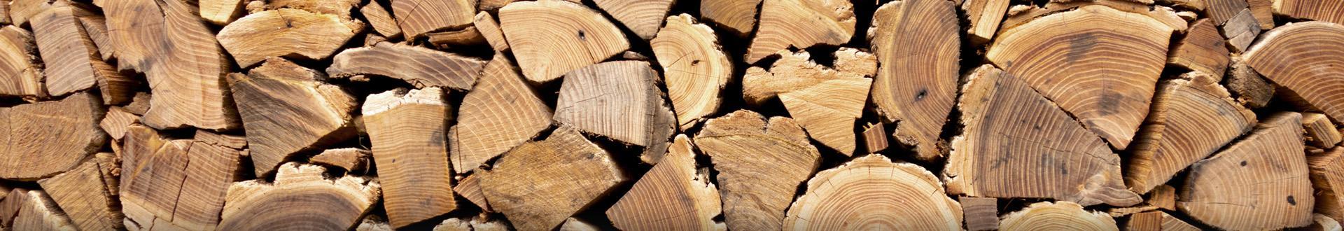 kawałi drewna